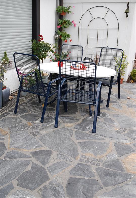 naturstein bruchstein terrasse und sichtschutz aus gabionen in heiligenhaus klo garten und. Black Bedroom Furniture Sets. Home Design Ideas